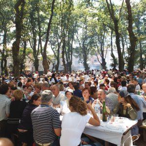 Xa dispoñibles para consulta a Listaxe e Mesas para a XLIX Festa do Carneiro ao Espeto®