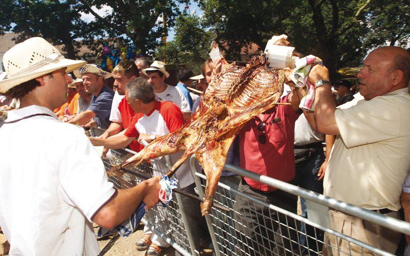 Pechada a reserva de Lotes para a XLIX Festa do Carneiro ao Espeto.